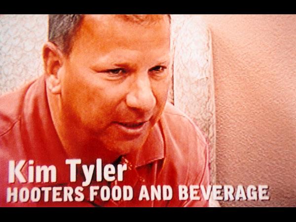 tv037_hooter_food